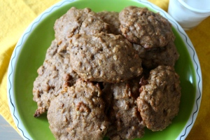These cookies are not overly sweet, but just sweet enough that you will feel like you are having a treat for breakfast.